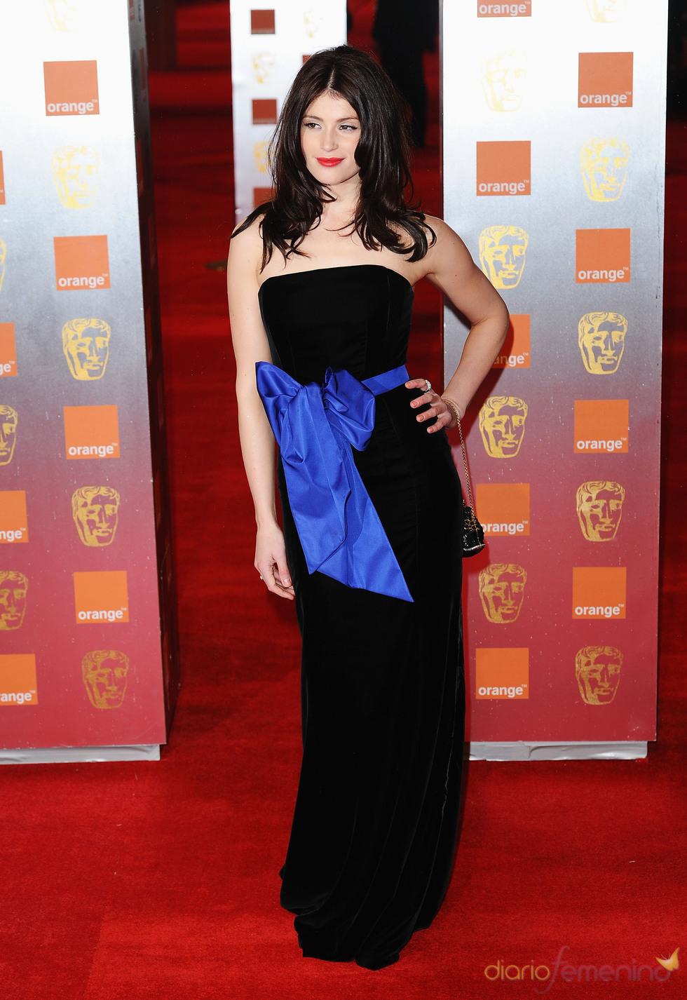 Gemma Arterton en la alfombra roja de los Bafta 2011