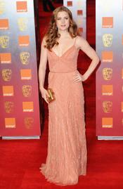 Amy Adams en la alfombra roja de los Bafta 2011