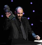 Karra Elejalde, con su Goya 2011 a 'Mejor Actor de Reparto'