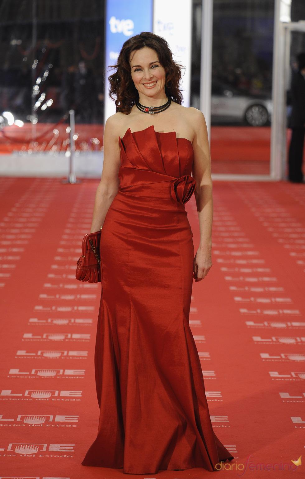 Silvia Marsó en la alfombra roja de los Goya 2011