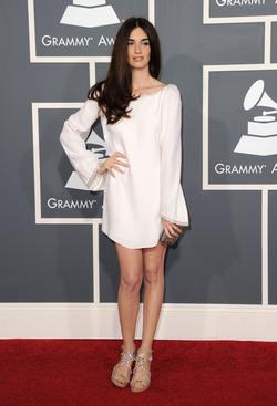 Paz Vega, perfecta con su túnica blanca