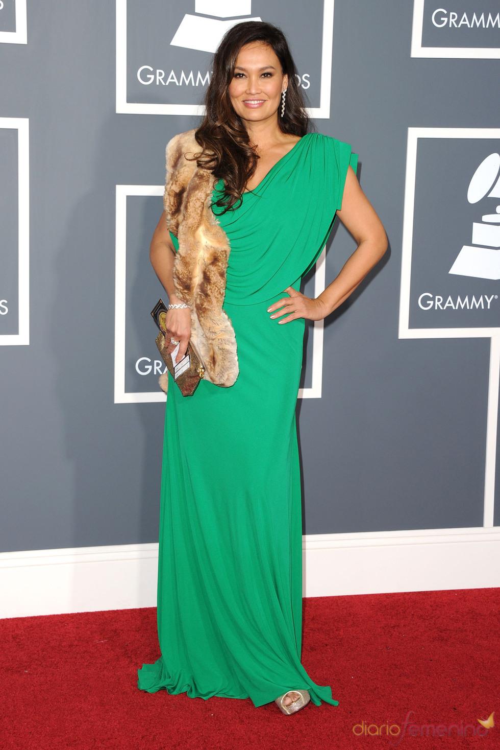 Tia Carrere en los Grammy 2011