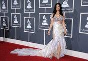 Katy Perry en los Grammy 2011