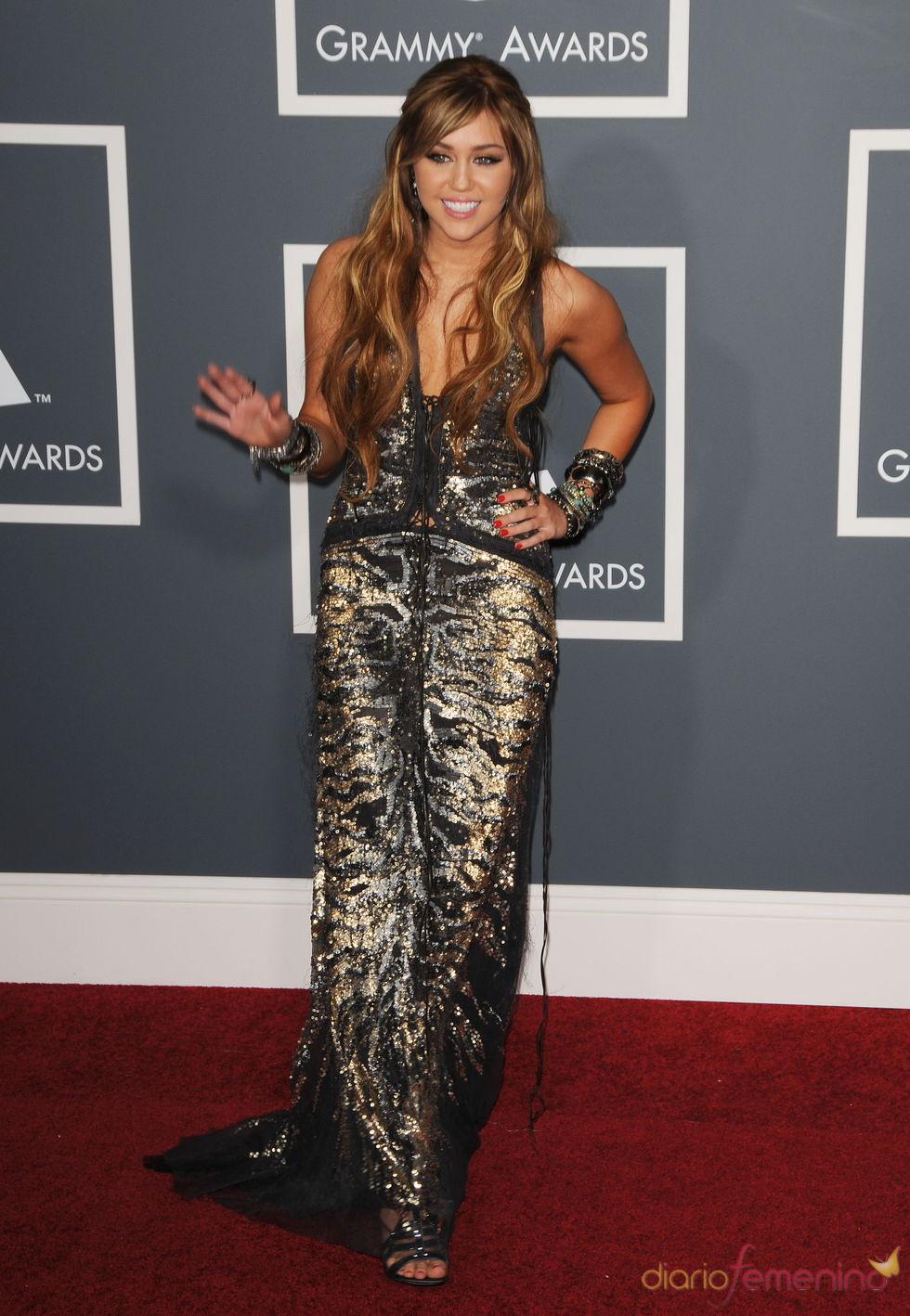 Miley Cyrus en los Grammy 2011