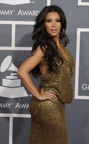 Kim Kardashian en los Grammy 2011