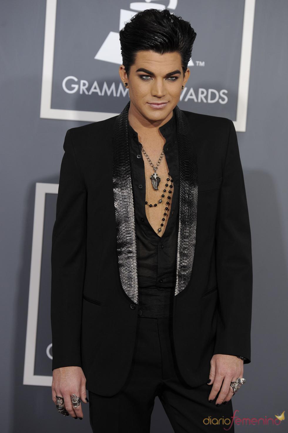 Adam Lambert en los Grammy 2011