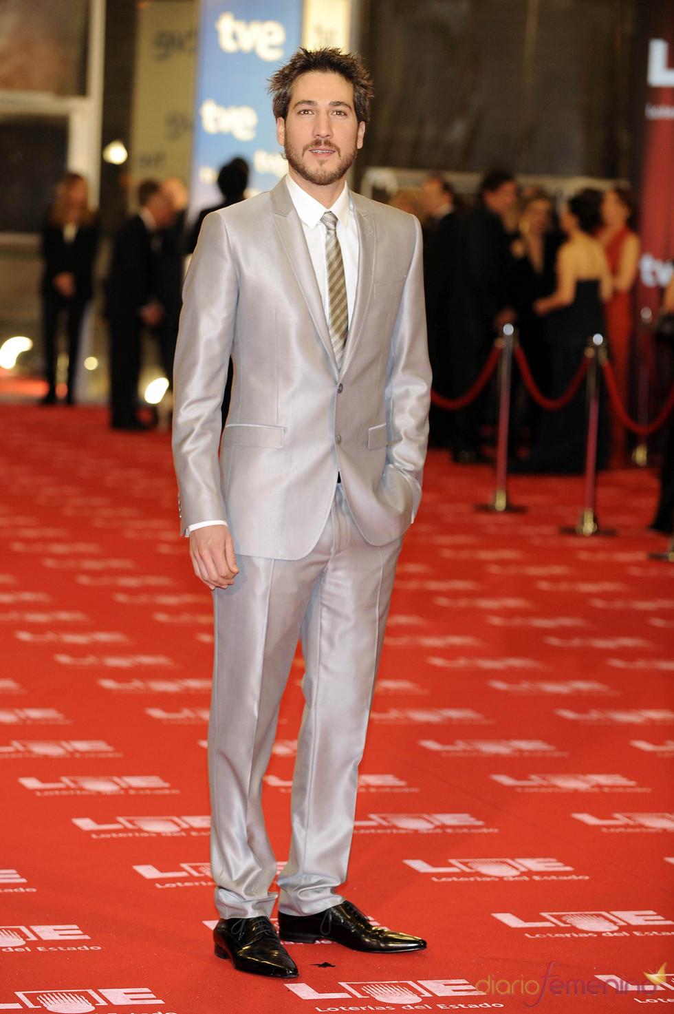 Alberto Ammann en la alfombra roja de los Goya 2011