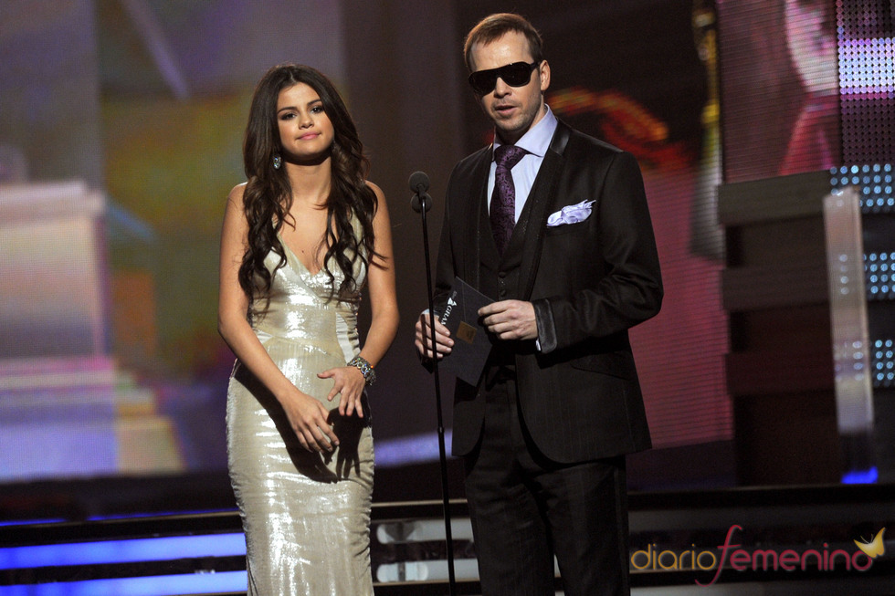 Selena Gomez ejerció de presentadora en los Grammy 2011