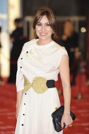Lola Dueñas en la alfombra roja de los Goya 2011