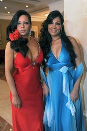 Sara y Encarna Salazar en la boda de Toñi Salazar y Roberto Liaño