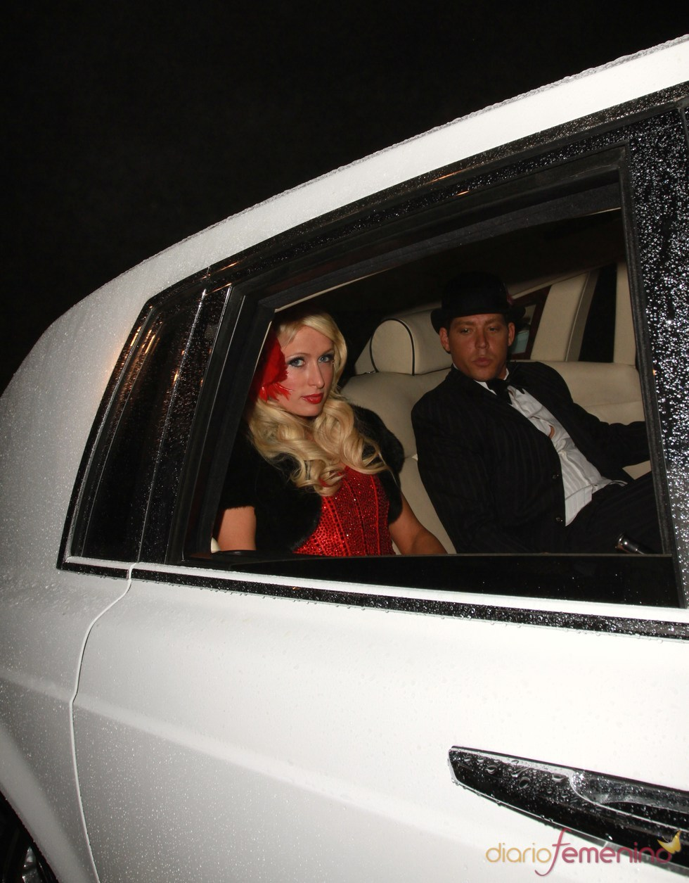 Paris Hilton celebra su 30 cumpleaños junto a su novio
