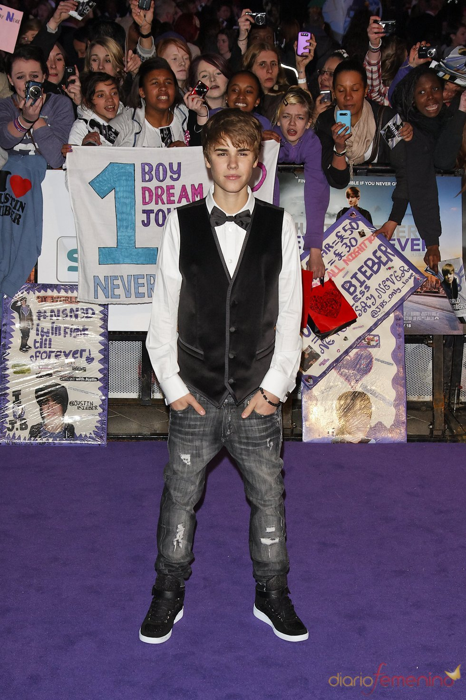Justin bieber ha presentado en londres su película never say never
