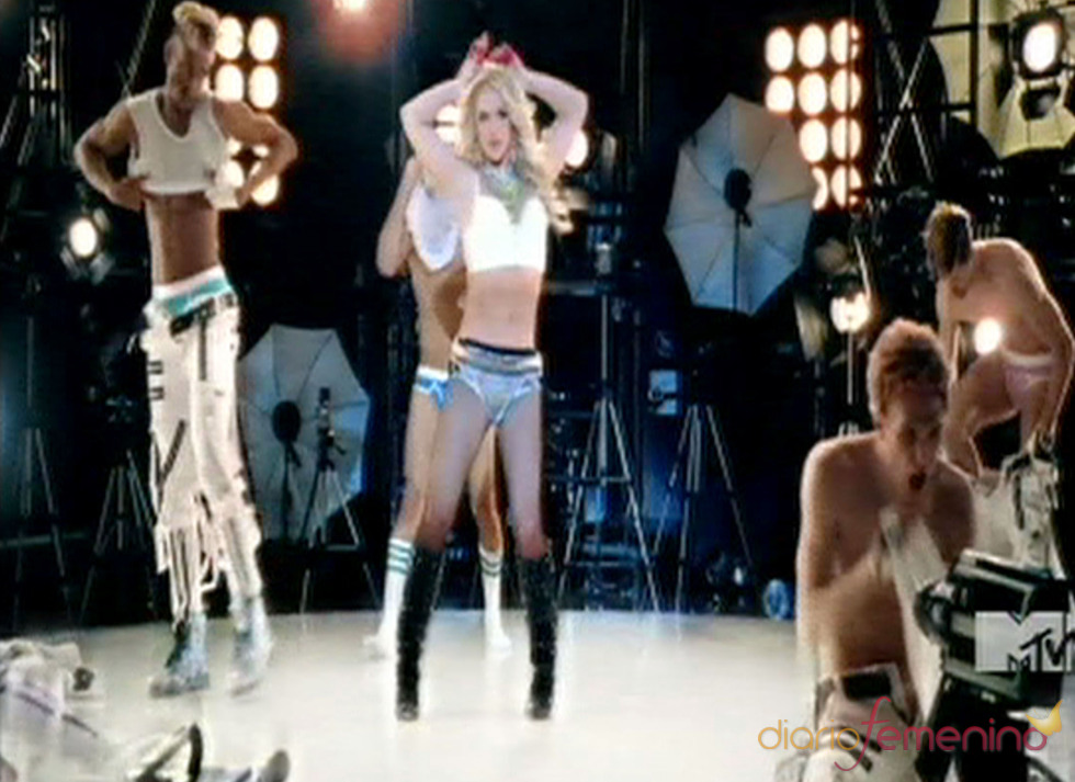 Una sexy y despampanante Britney Spears en su nuevo videoclip