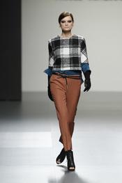 Diseño de Ángel Schlesser en la Cibeles Madrid Fashion Week 2011