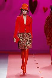 Traje de chaqueta de Agatha Ruiz de la Prada en Cibeles 2011
