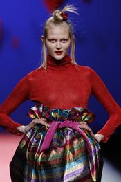 Falda globo multicolor de Agatha Ruiz de la Prada