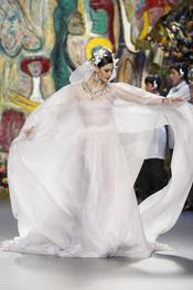 Vestido de novia de Francis Montesinos en Cibeles 2011