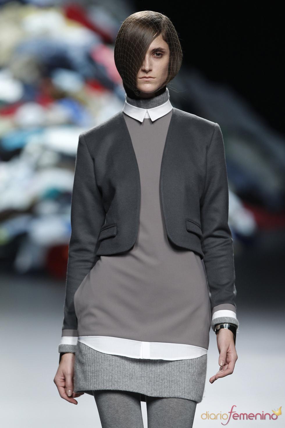 Todo un abanico de grises en la nueva colección de David Delfín