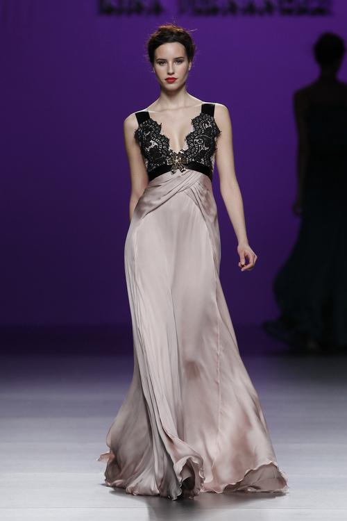 Seda para los vestidos de noche de Kina Fernández