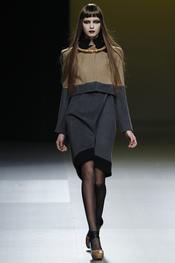 Diseño de Ana Locking en Cibeles 2011