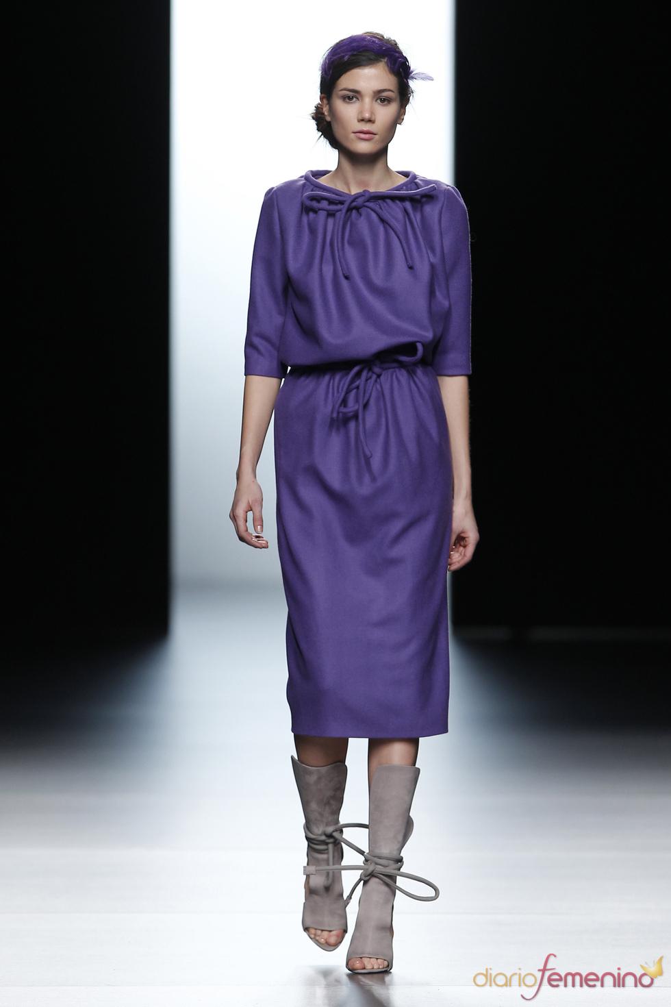Vestido de corte recto de Juanjo Oliva en Cibeles 2011
