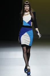 Ana Locking juega con los colores en Cibeles Madrid Fashion Week 2011