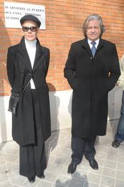 Alberto Closas y Rosa Valenty en el funeral de Florinda Chico