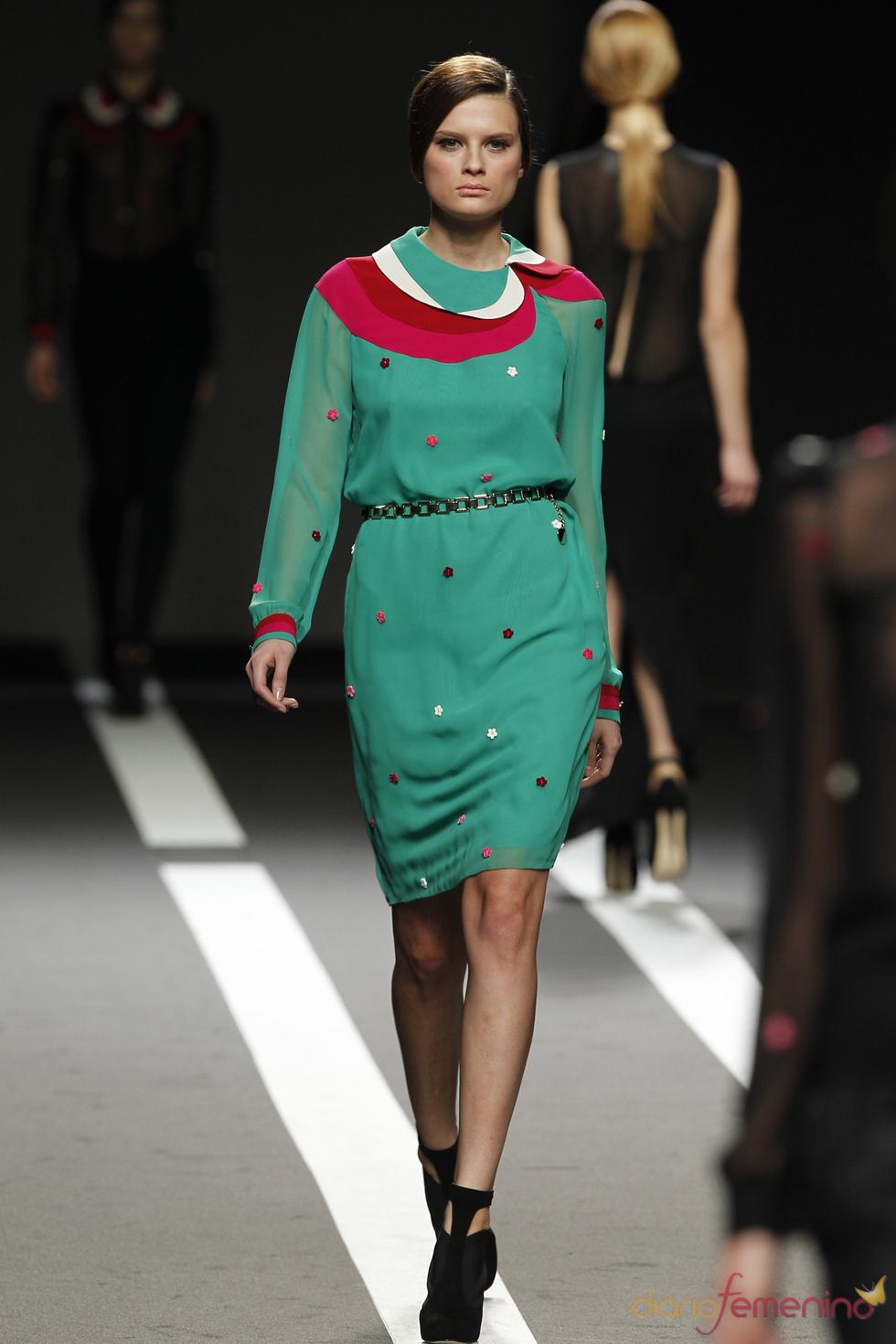 Vestido verde estampado. Miguel Palacio. Cibeles Madrid Fashion Week 2011