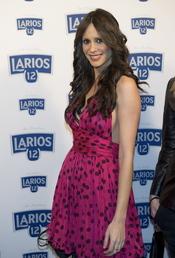 Begoña Alonso en la presentación del calendario Larios 2011