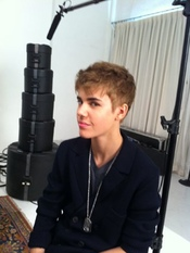 Justin Bieber se corta el pelo