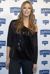 Estefanía Luyk en la presentación del calendario Larios 2011