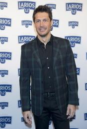 Jaime Cantizano en la presentación del calendario Larios 2011