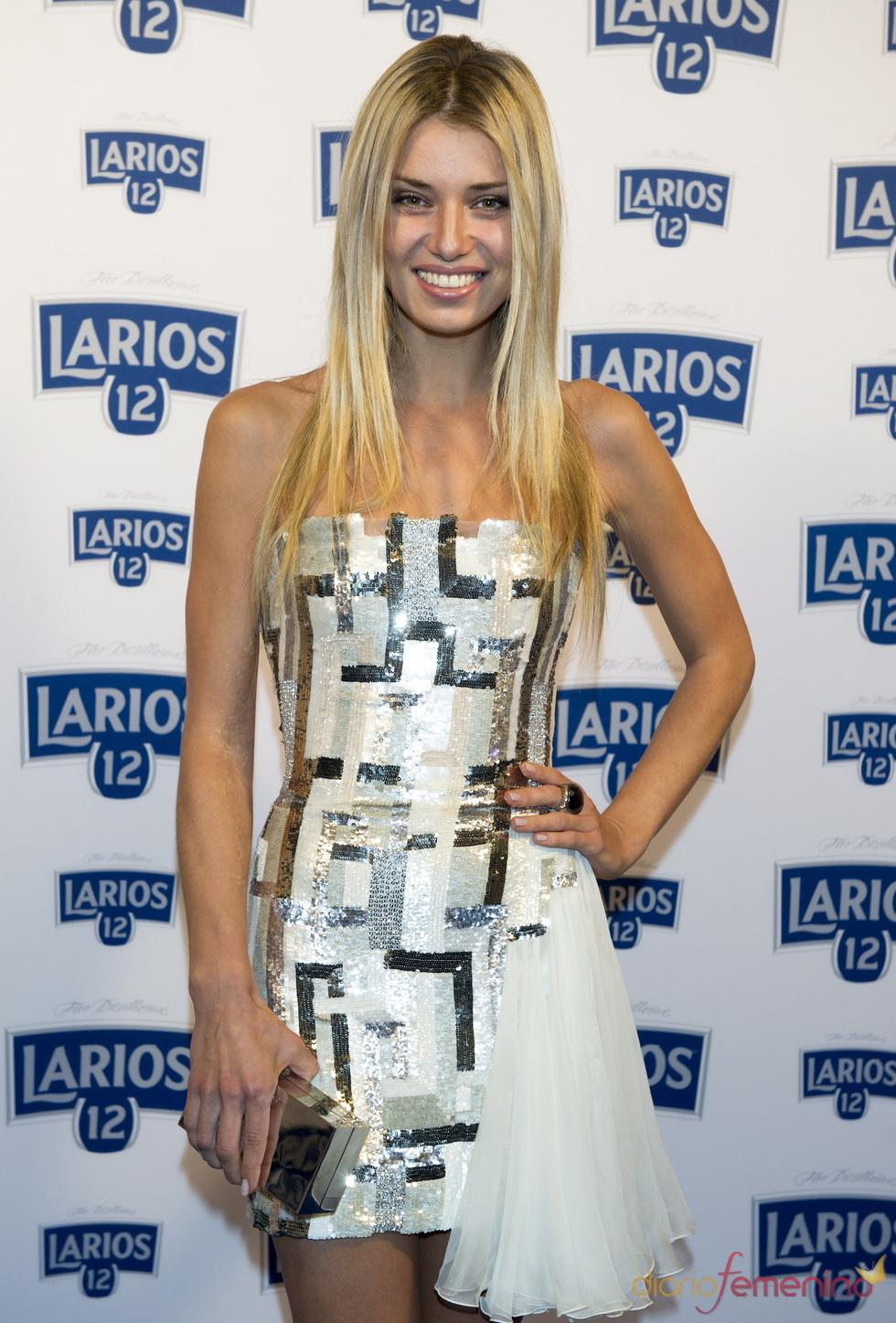 Natasha Yarovenko en la presentación del calendario Larios 2011