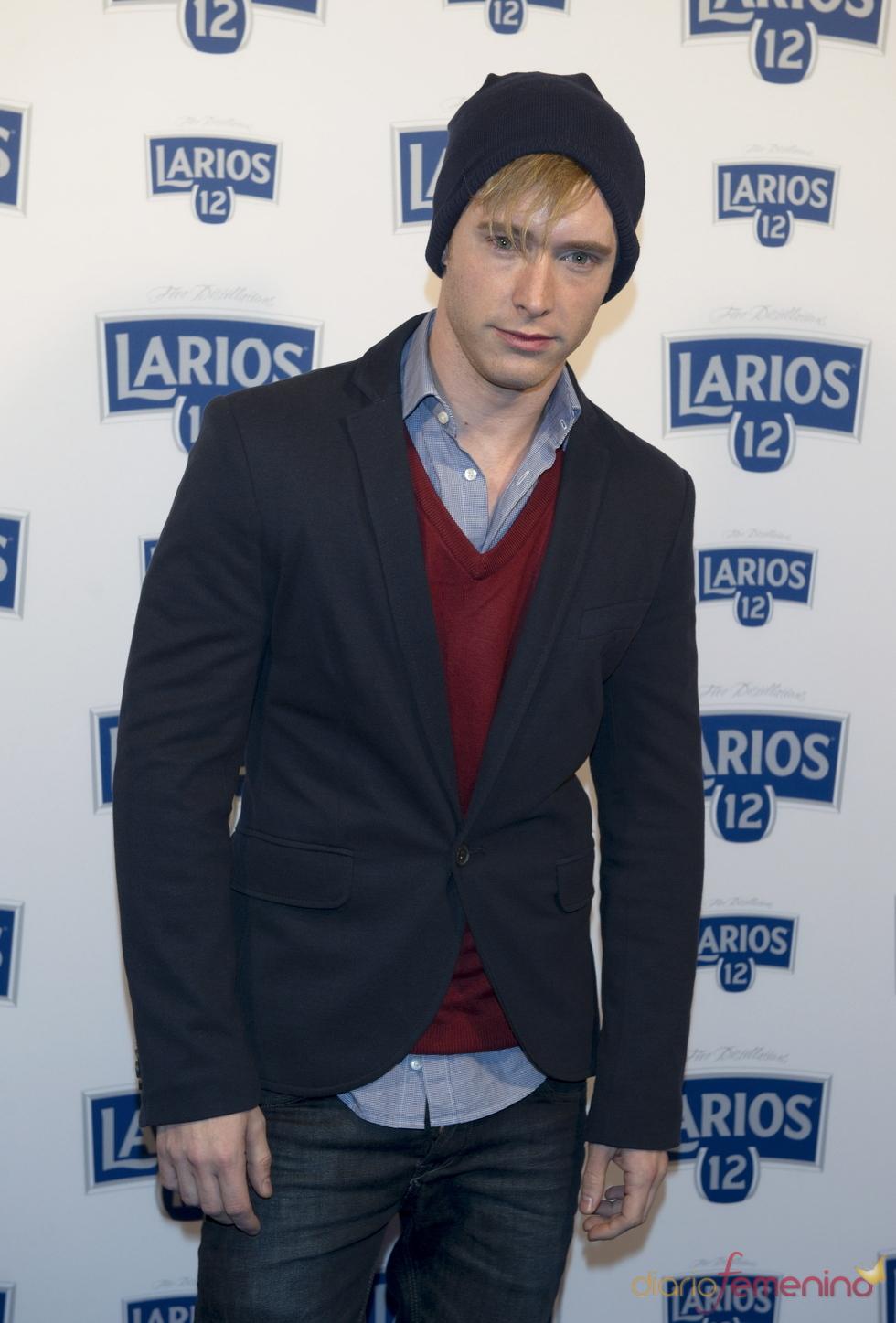 Pablo Rivero en la presentación del calendario Larios 2011