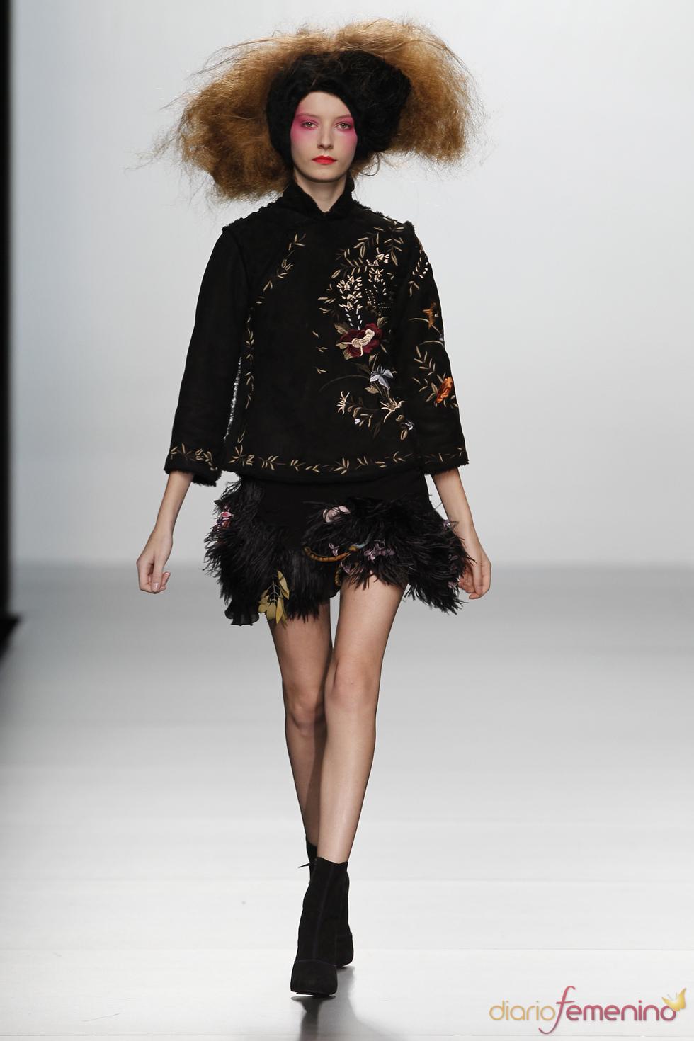 Chaqueta y falda de Elisa Palomino O/I 2011-12. Cibeles Madrid Fashion Week