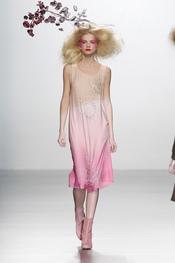Tonos cálidos en la colección de Elisa Palomino O/I 2011-12. Cibeles Madrid Fashion Week