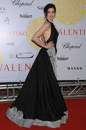 Anne Hathaway en la fiesta de Valentino 2007