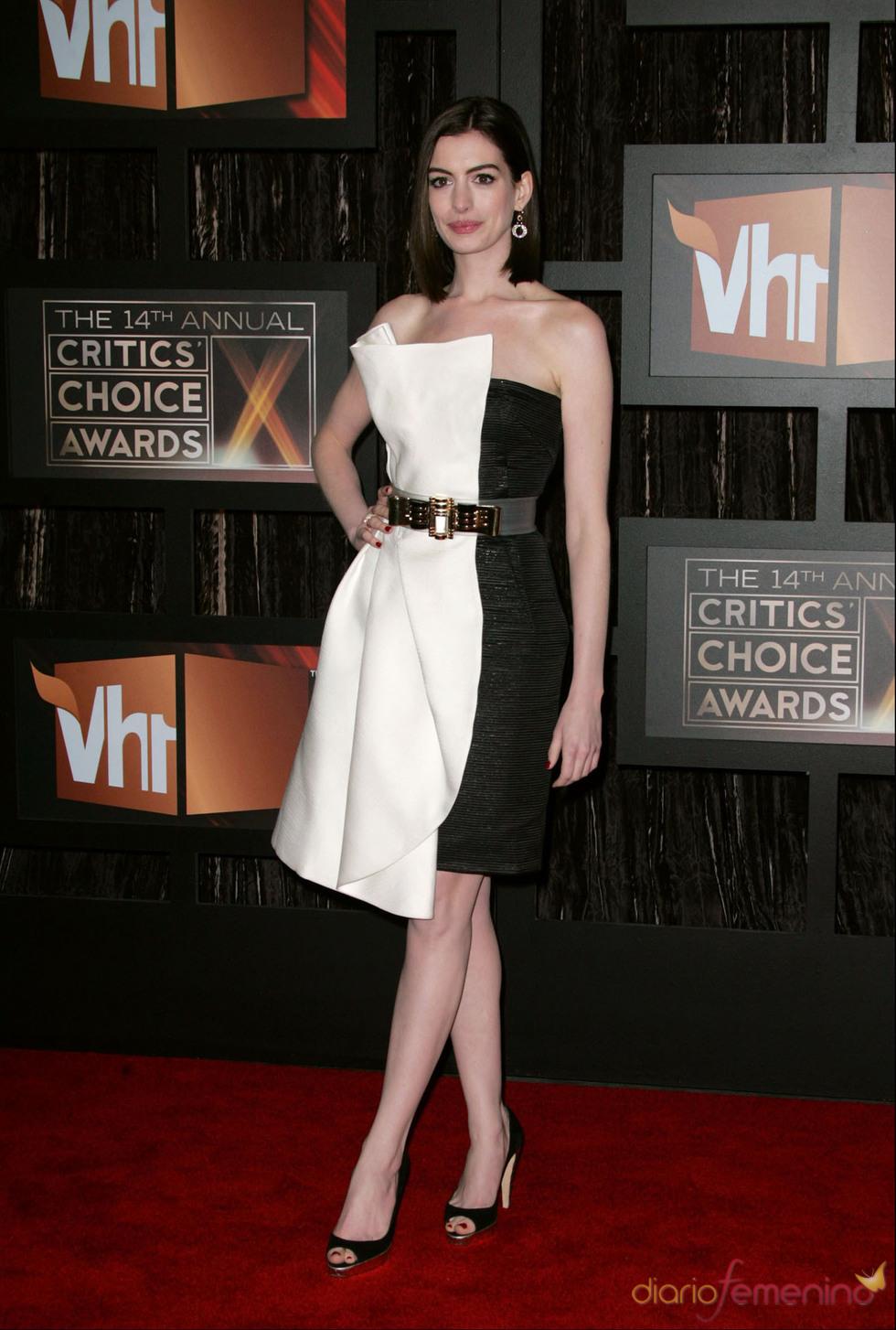 Anna Hathaway en los Anual Critic Choice Awards 2009