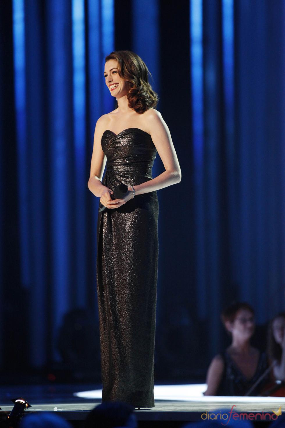 Anne Hathaway en el concierto nobel de la paz