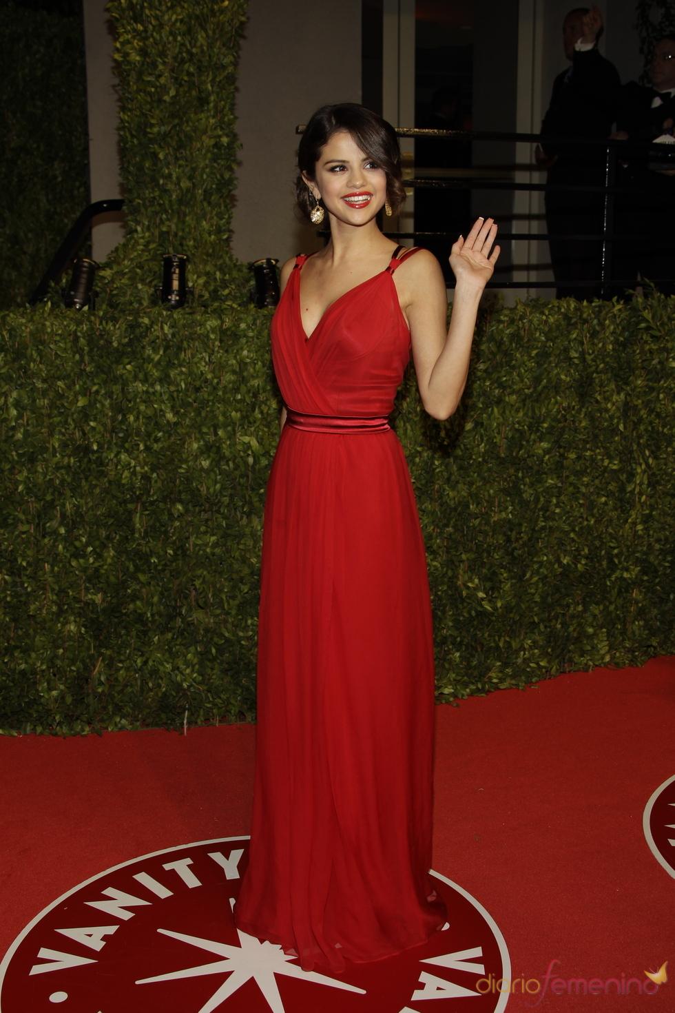 Selena Gomez en la fiesta Vanity Fair de los Oscar 2011