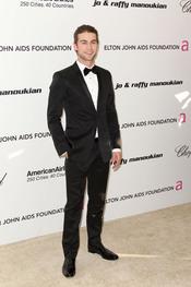 Chace Crawford en la Gala de Elton John