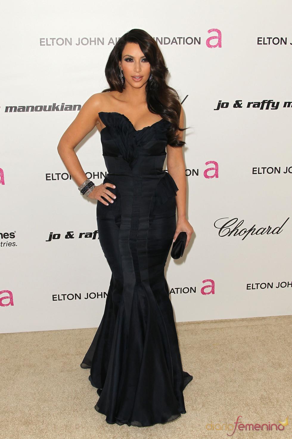 Kim Kardashian en la Gala de Elton John