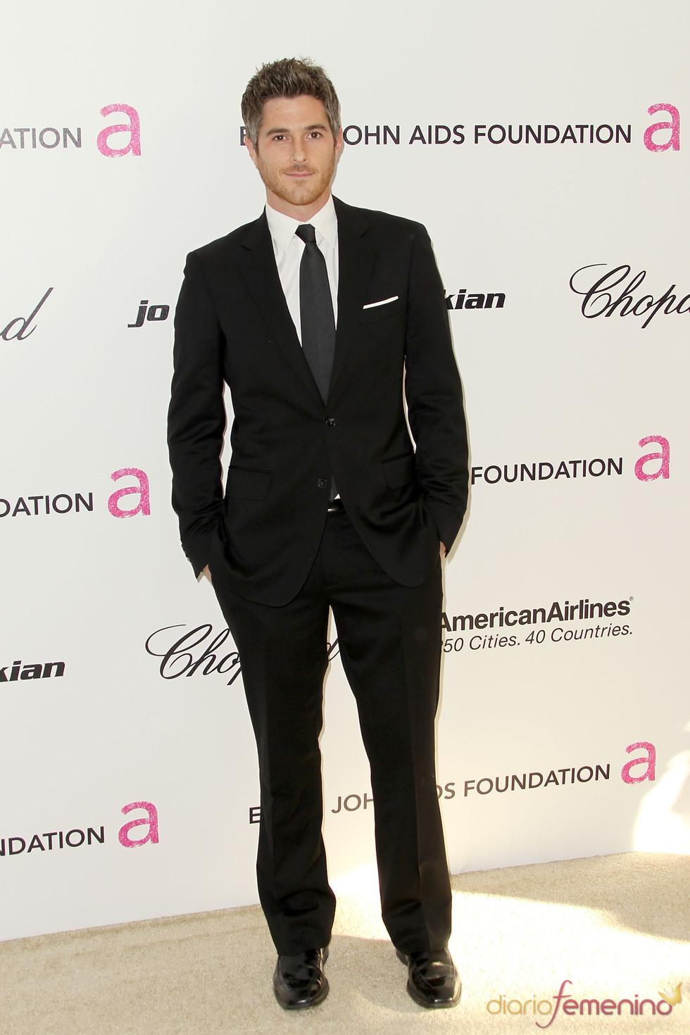 Dave Annable en la gala de Elton John