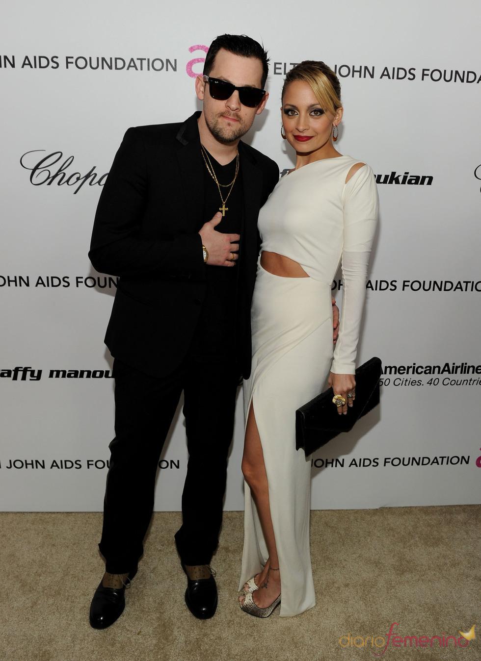 Nicole Richie y Joel Madden en la Gala de Elton John