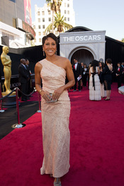 Robin Roberts en la alfombra roja de los Oscars 2011