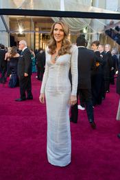 Celine Dion en la alfombra roja de los Oscars 2011