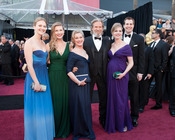 Jeff Bridges y su familia en la alfombra roja de los Oscars 2011