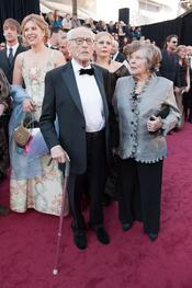 Eli Wallach y Ann Jackson en la alfombra roja de los Oscars 2011