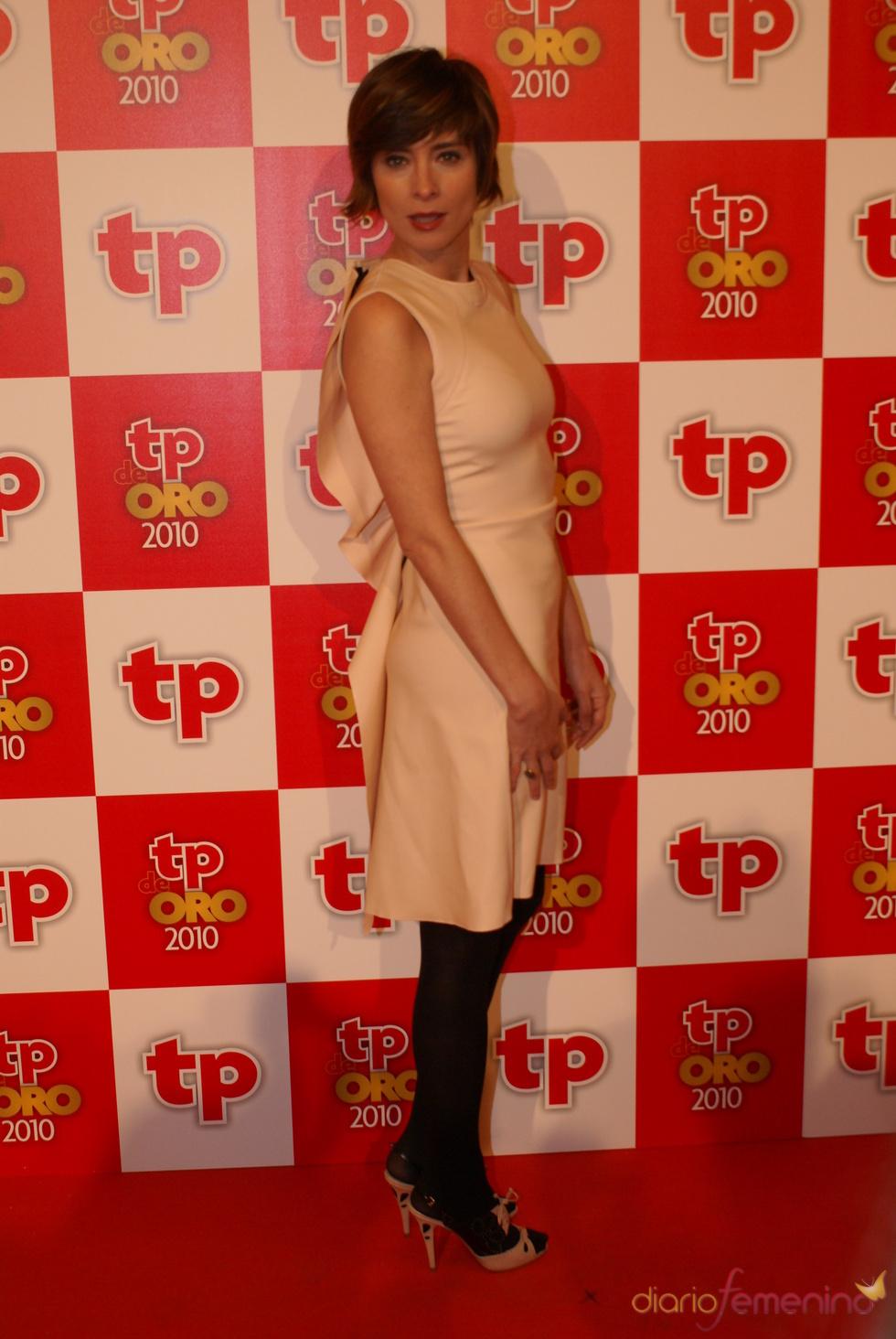 Sandra Barneda en la alfombra roja de los TP de Oro 2010