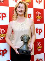 Ana Duato con su TP de Oro 2010 a 'Mejor actriz' por 'Cuéntame cómo pasó'